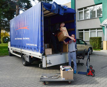 225e4b6963cb13 Moving to Hamburg man and van removals next day delivery from London